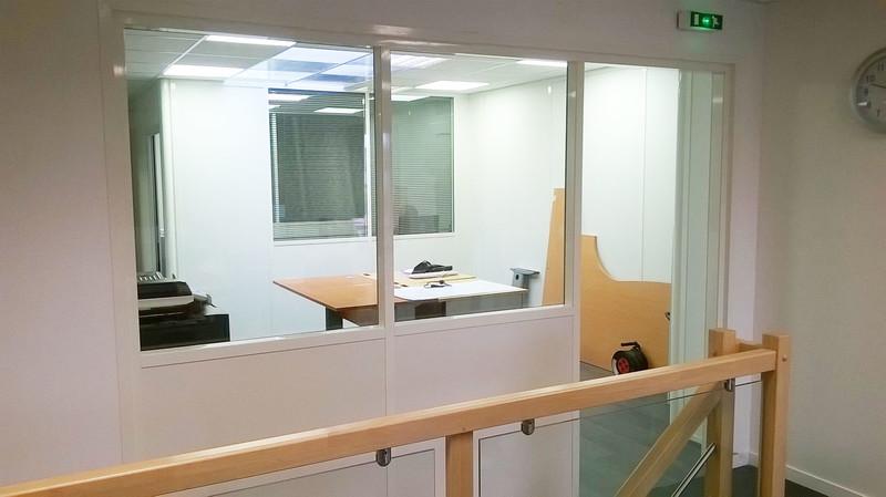 Cloison de bureau plateforme mezzanine - Cloison industrielle vitree ...